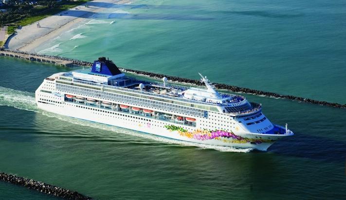 Cruzeiro Caribe Norwegian Sky - Mini Bahamas