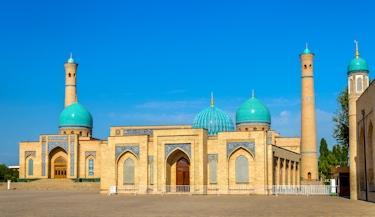 Uzbequistão, o país das cúpulas azuis